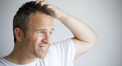 Brufoli in testa: le lesioni del cuoio capelluto