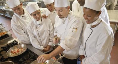 Medici a scuola di cucina